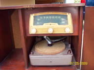 GE Model 749 Radio, Dial and changer