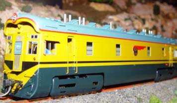 Boxcab unit for Super Chief 1 side