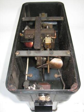 Toast-O-Lator Model A mechanism