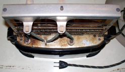 Toastolator Model J Cover Off, Showing Cord